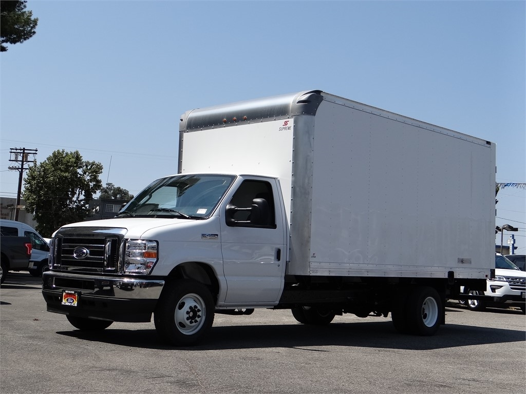 2021 Ford E-450 4x2, Supreme Dry Freight #G10002 - photo 1