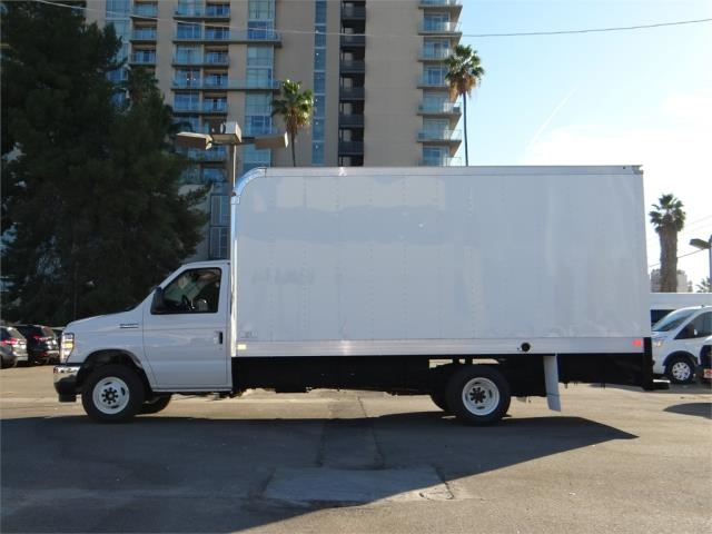 2021 Ford E-450 4x2, Marathon Aluminum High Cube Dry Freight #G10089 - photo 2