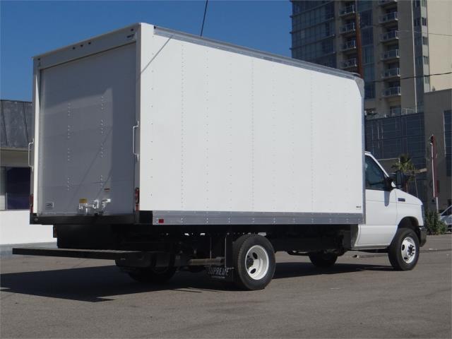 2019 E-450 4x2,  Supreme Iner-City Cutaway Van #M91974 - photo 2
