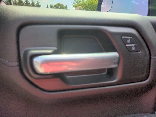 2021 Chevrolet Silverado 1500 Crew Cab 4x4, Pickup #M21340 - photo 13