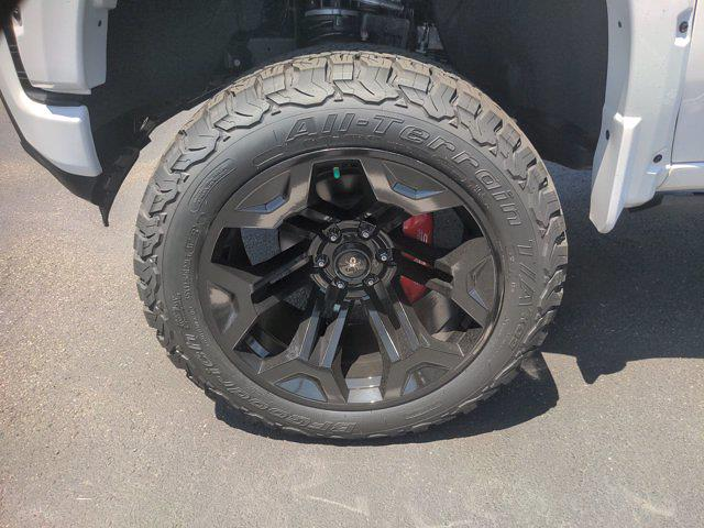 2021 Chevrolet Silverado 1500 Crew Cab 4x4, SCA Performance Black Widow Pickup #M21381 - photo 10