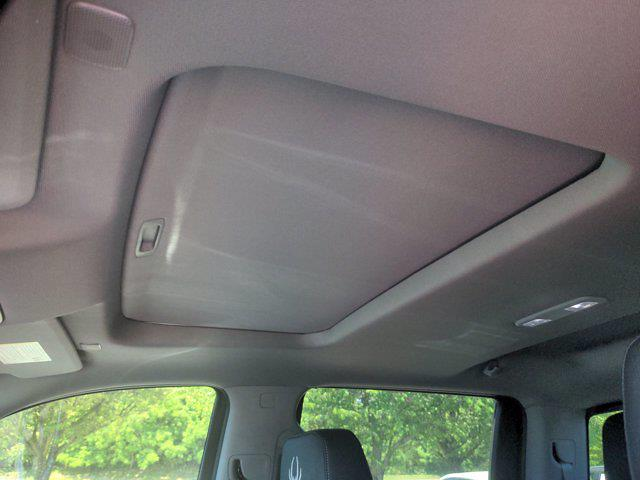 2021 Chevrolet Silverado 1500 Crew Cab 4x4, Pickup #M21381 - photo 18