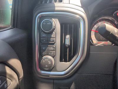 2021 Chevrolet Silverado 1500 Crew Cab 4x4, Pickup #M21381 - photo 19