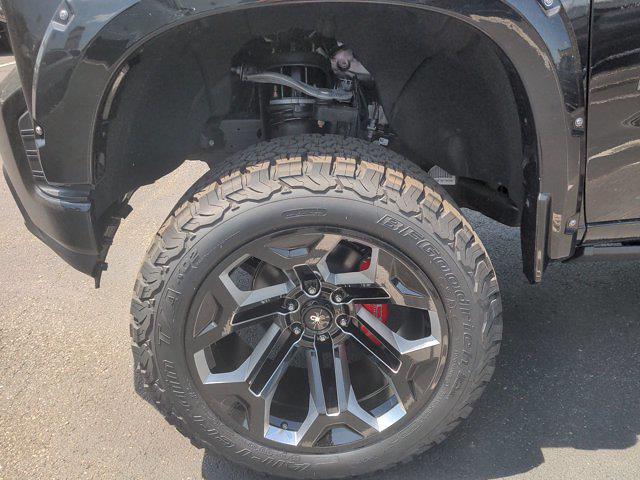 2021 Chevrolet Silverado 1500 Crew Cab 4x4, Pickup #M21382 - photo 10