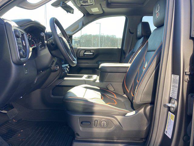 2021 Chevrolet Silverado 1500 Crew Cab 4x4, Pickup #M21383 - photo 14