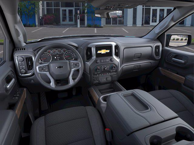 2021 Chevrolet Silverado 1500 Crew Cab 4x4, Pickup #M21384 - photo 12
