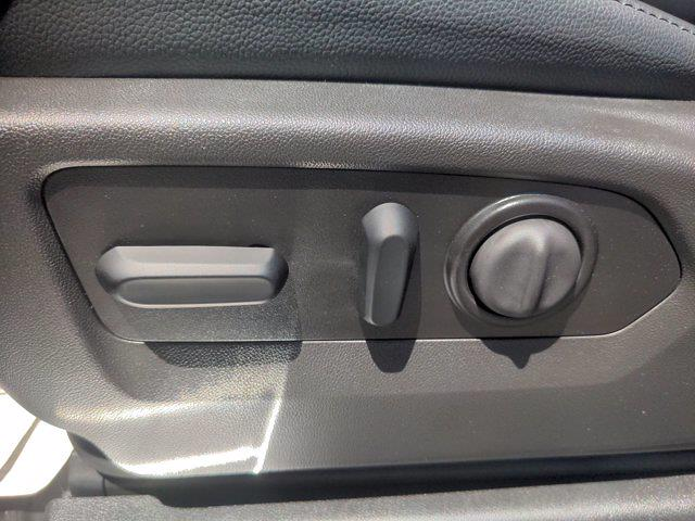 2021 Chevrolet Silverado 1500 Crew Cab 4x4, Pickup #M21386 - photo 19