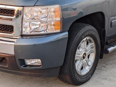 2008 Chevrolet Silverado 1500 Crew Cab 4x4, Pickup #M21392A - photo 5
