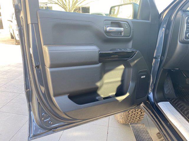 2021 Chevrolet Silverado 1500 Crew Cab 4x4, Pickup #M21415 - photo 12
