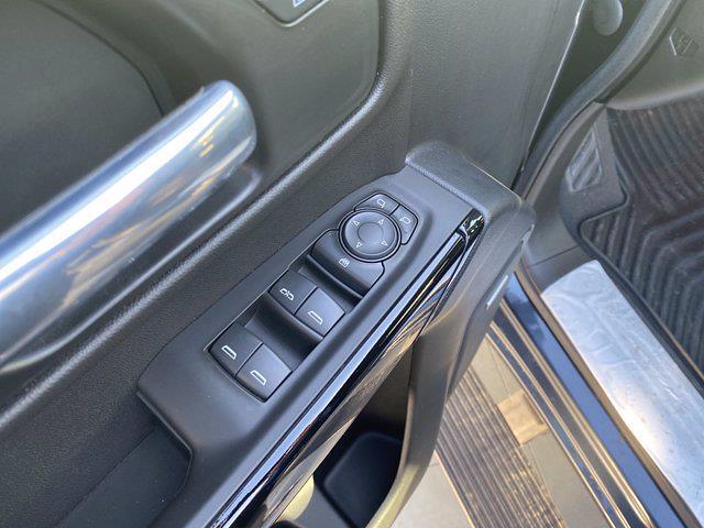 2021 Chevrolet Silverado 1500 Crew Cab 4x4, Pickup #M21415 - photo 13
