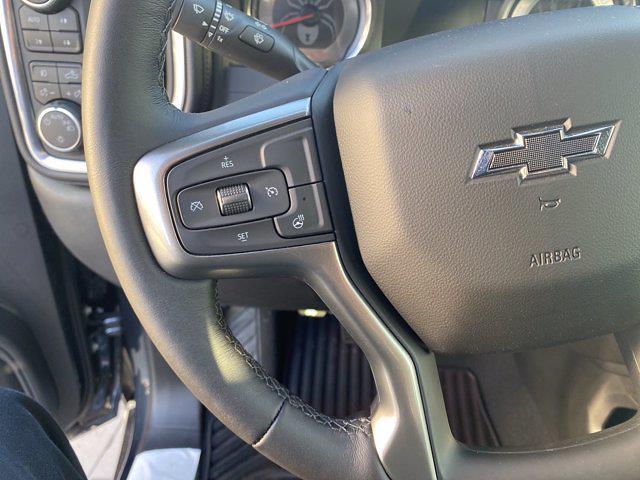 2021 Chevrolet Silverado 1500 Crew Cab 4x4, Pickup #M21415 - photo 18