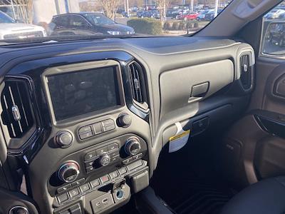 2021 Chevrolet Silverado 1500 Crew Cab 4x4, Pickup #M21415 - photo 16