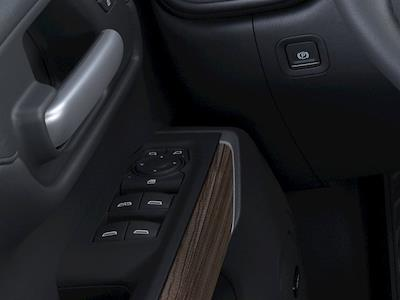 2021 Chevrolet Silverado 1500 Crew Cab 4x4, Pickup #M21441 - photo 2