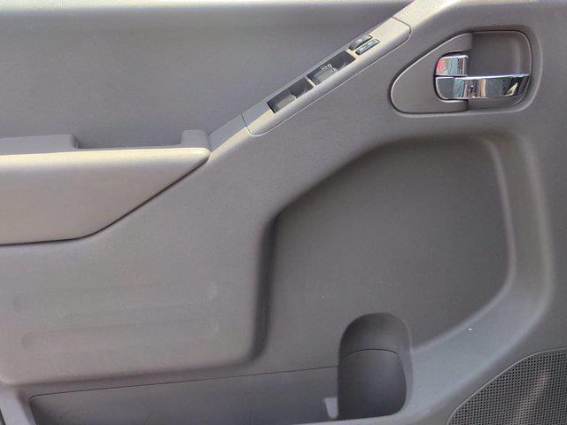 2018 Nissan Frontier Crew Cab 4x2, Pickup #M21539B - photo 11