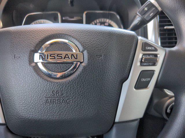 2018 Nissan Titan Crew Cab 4x4, Pickup #M21572A - photo 20