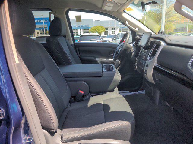 2018 Nissan Titan Crew Cab 4x4, Pickup #M21572A - photo 41