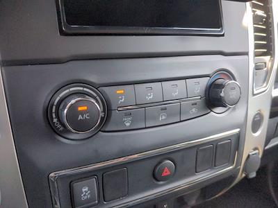 2018 Nissan Titan Crew Cab 4x4, Pickup #M21572A - photo 25