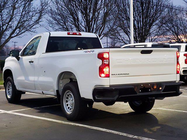 2020 Chevrolet Silverado 1500 Regular Cab 4x4, Pickup #M21590A - photo 3