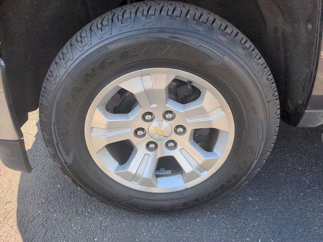 2015 Chevrolet Silverado 1500 Double Cab 4x4, Pickup #M21594A - photo 10