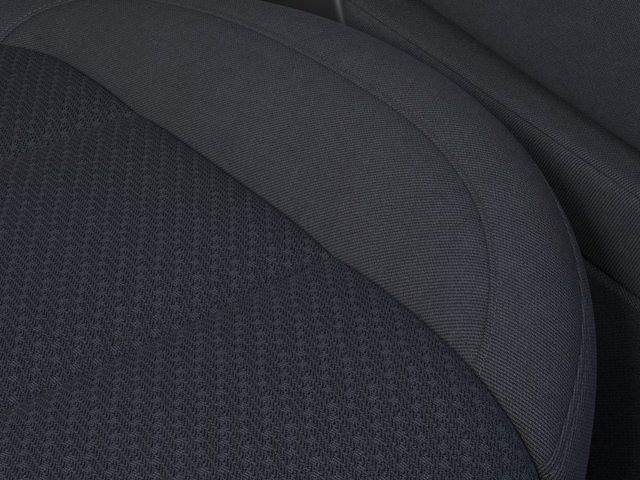 2021 Chevrolet Silverado 1500 Crew Cab 4x4, Pickup #M21604 - photo 3