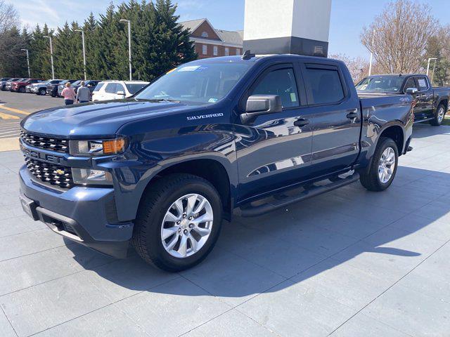 2021 Chevrolet Silverado 1500 Crew Cab 4x4, Pickup #M21604 - photo 2