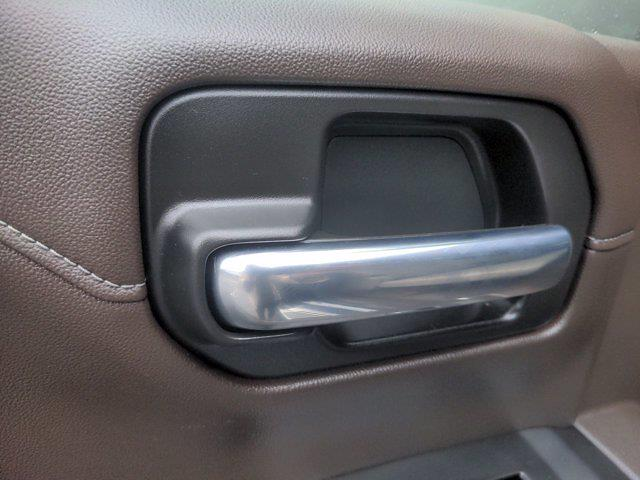 2020 Chevrolet Silverado 1500 Crew Cab 4x4, Pickup #M21675A - photo 28