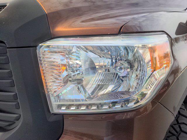 2014 Toyota Tundra Crew Cab 4x4, Pickup #M21701A - photo 9