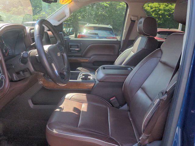 2015 Chevrolet Silverado 1500 Crew Cab 4x4, Pickup #M21711B - photo 16