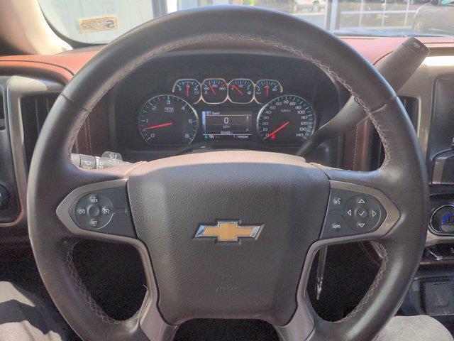 2015 Chevrolet Silverado 1500 Crew Cab 4x4, Pickup #M21711B - photo 21