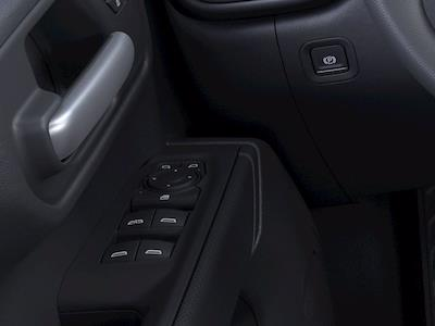 2021 Chevrolet Silverado 1500 Crew Cab 4x4, Pickup #M21740 - photo 3