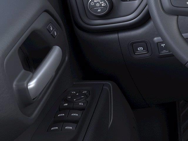 2021 Chevrolet Silverado 2500 Crew Cab 4x4, Pickup #M21848 - photo 3
