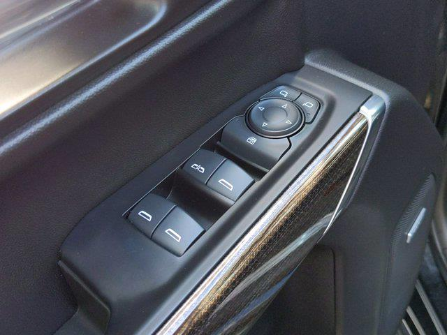 2019 Chevrolet Silverado 1500 Crew Cab 4x4, Pickup #P00109 - photo 14