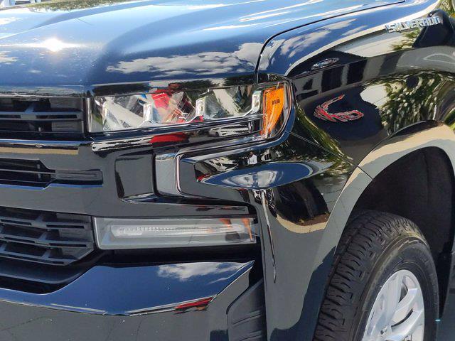 2019 Chevrolet Silverado 1500 Crew Cab 4x4, Pickup #P00109 - photo 9