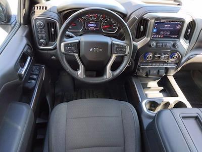 2019 Chevrolet Silverado 1500 Crew Cab 4x4, Pickup #P00109 - photo 32