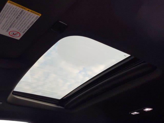 2020 Chevrolet Silverado 3500 Crew Cab 4x4, Pickup #PS00088 - photo 18