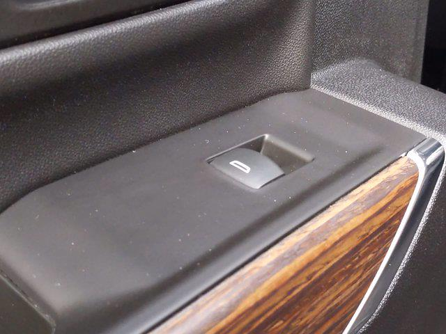 2020 Chevrolet Silverado 3500 Crew Cab 4x4, Pickup #PS00088 - photo 31