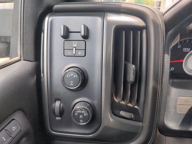 2018 Chevrolet Silverado 2500 Crew Cab 4x4, Pickup #R20475A - photo 18