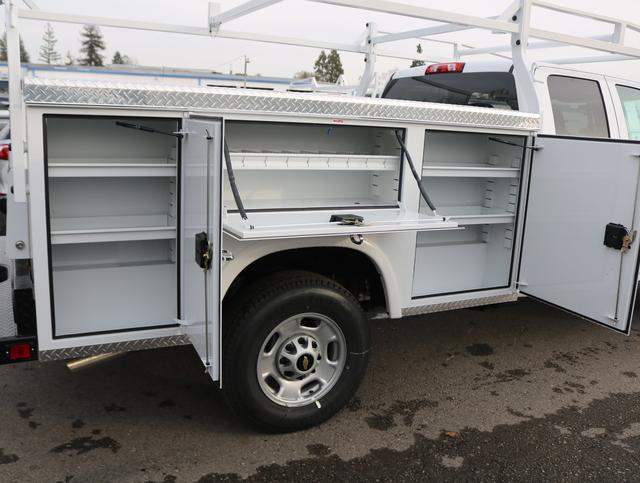 2019 Silverado 2500 Double Cab 4x2, Royal Service Body #4190477 - photo 4