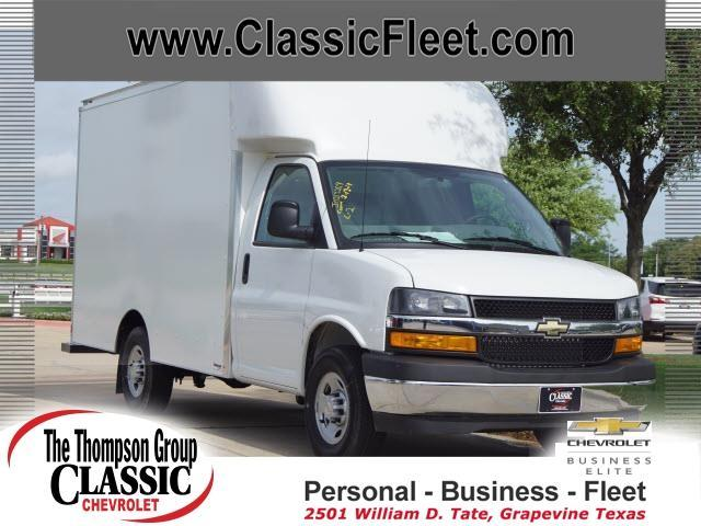 2019 Chevrolet Express 3500 4x2, Supreme Cutaway Van #K1140537 - photo 1