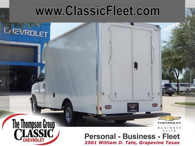 2019 Chevrolet Express 3500 4x2, Supreme Cutaway Van #K1166562 - photo 1