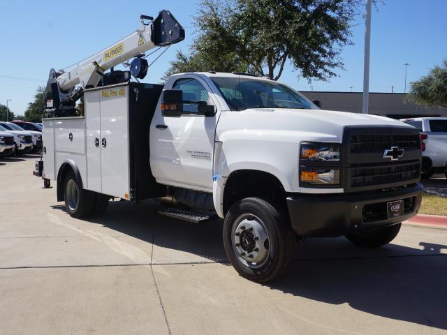2019 Silverado Medium Duty Regular Cab DRW 4x4,  Palfinger Mechanics Body #414171 - photo 1