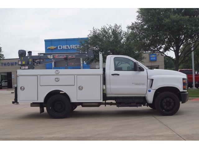2019 Silverado 4500 Regular Cab DRW 4x2, RhinoPro Truck Outfitters Mechanics Body #811372 - photo 3