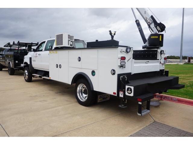 2019 Silverado 5500 Crew Cab DRW 4x4, Palfinger PAL Pro 39 Mechanics Body #885494 - photo 2