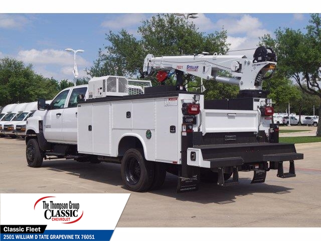 2019 Chevrolet Silverado 5500 Crew Cab DRW 4x4, Knapheide KMT Mechanics Body #KH246759 - photo 2