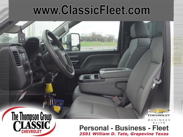 2019 Chevrolet Silverado 6500 Regular Cab DRW 4x4, Auto Crane Titan Mechanics Body #KH805143 - photo 7