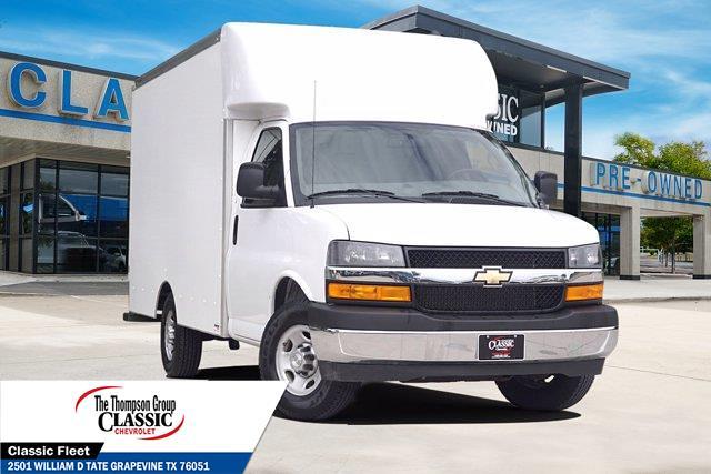 2020 Chevrolet Express 3500 4x2, Supreme Cutaway Van #L1254828 - photo 1