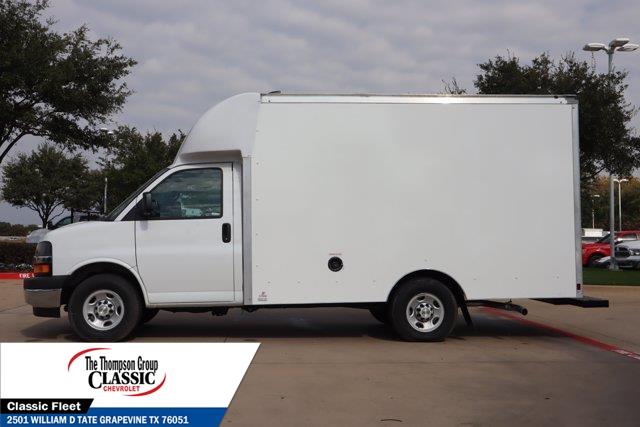 2020 Chevrolet Express 3500 4x2, Supreme Spartan Cargo Cutaway Van #L1264995 - photo 5