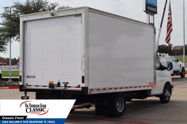2020 Chevrolet Express 3500 4x2, Morgan Cutaway Van #L1271387 - photo 1