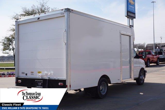 2020 Chevrolet Express 3500 4x2, Supreme Cutaway Van #L1273988 - photo 1