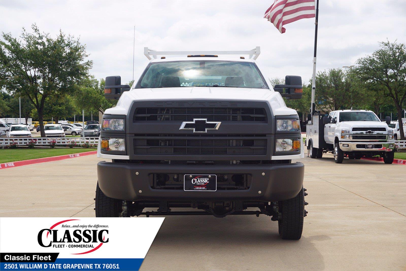 2020 Chevrolet Silverado 5500 Crew Cab DRW 4x4, RhinoPro Truck Outfitters Contractor Body #LH866279 - photo 4